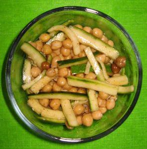 chickpea & zucchini salad