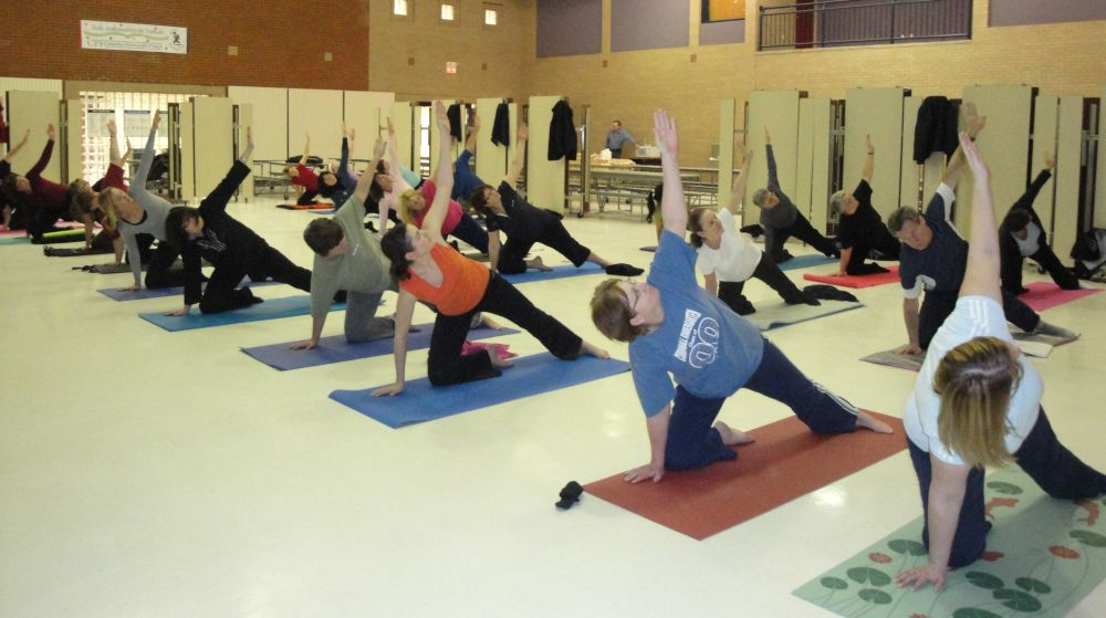the benefits of yoga to high school students Researchers and schools are exploring whether regular yoga  leading yoga  classes for teachers at kipp liberation middle school in that city for two years   but when she tells teachers of the benefits yoga has for students,.